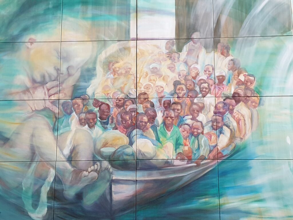 Das Triptychon - Linkes Bild Boot voller Flüchtlinge
